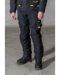 Compañero Boreal. trousers men. black size:46